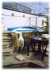 Whistlers Inn hot tub