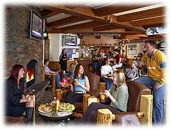 Whistlers Inn pub