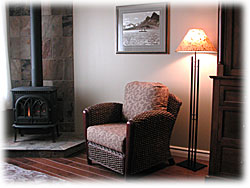 A picture of the sitting area in one of our Heritage Suites.